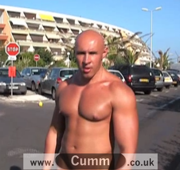 Bald Bloke Nude in Public