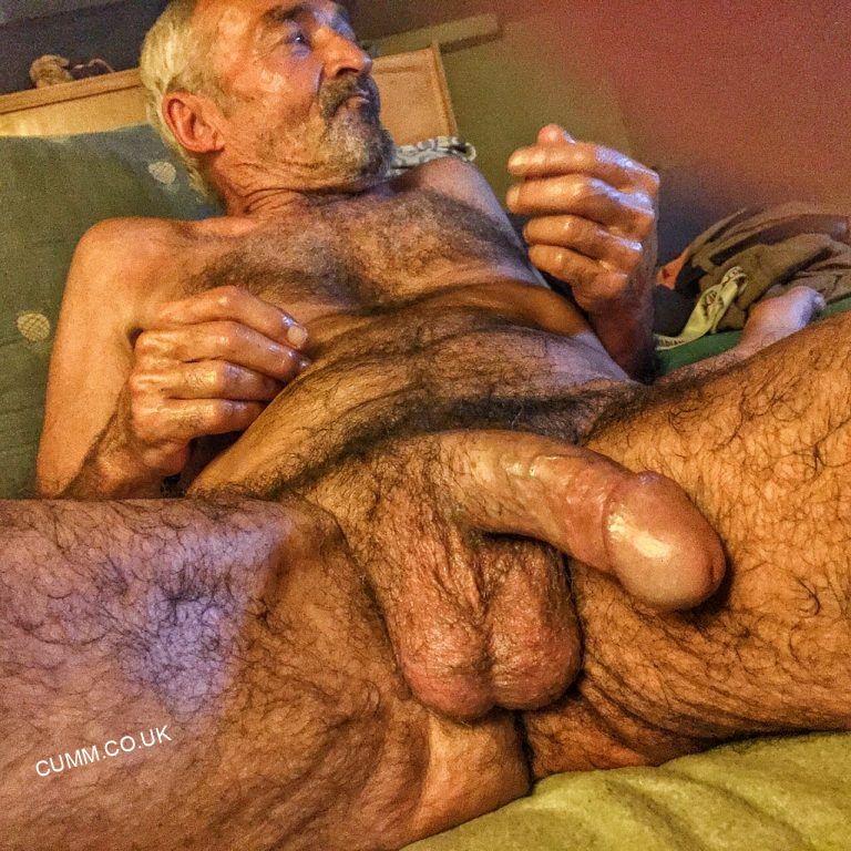 45+ Naked Older Men With Huge Cocks